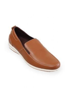 Sepatu Castor Slip Tan